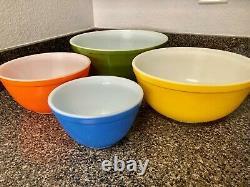 Rare Pyrex Reverse Primary Colors Complete Mixing Bowls Set MINT 401-404