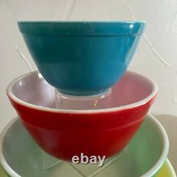 Vintage Pyrex Mixing Bowls in Primary Colors Complete set Nesting Bowls 401-404