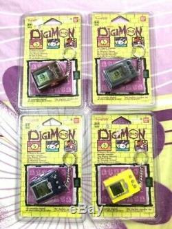 Digimon L'europe Vpet Tamagotchi Vintage Stock 4 Couleurs Misb Ensemble Complet