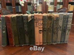 Ensemble Complet De 14 Frank Baum Wizard Of Oz Livres Série. Certains Avec Des Plaques De Couleur