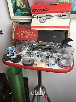 MID Century Rare Complete Boxed Set Dymo-mite Tapewriter Boxed & 13 Tapes Couleur