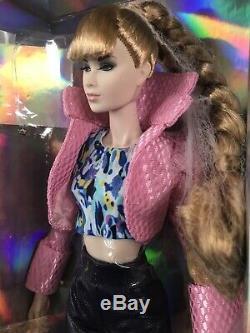 Mode Libre Intégrité Jouets Couleur Infusion Broyage It! Complete Set Doll