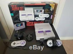Super Nintendo Snes Super Set (ntsc) Complet Dans Une Boîte Avec Super Mario World