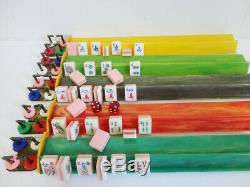 Vintage Tri Color Lucite Mah Jong Set Bakélite Racks 152 Carreaux De 1960 Complet